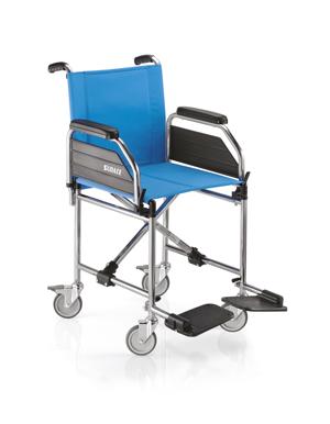 Sedia a rotelle pieghevole da transito surace modello for Sedia a rotelle automatica